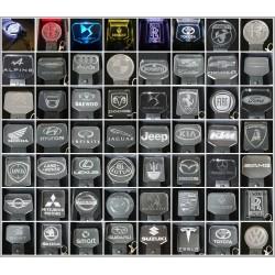 porte-clés lumineux logo auto